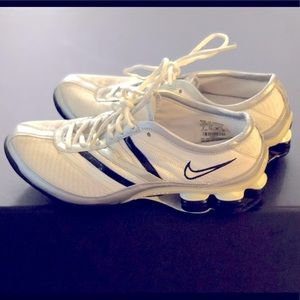 Vintage Nike Shox white/silver/black